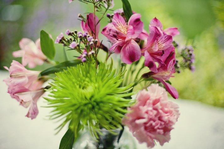Kansas City wedding simple centerpiece pink lilac