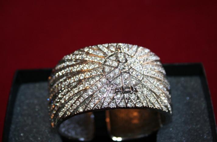 bejeweled bride wedding accessories vintage bracelet