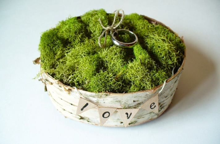 rustic moss wedding ceremony reception decor eco friendly ring bearer box
