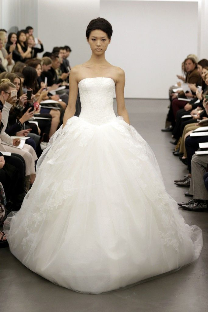 Ball Gown Wedding Dresses By Vera Wang : Vera wang wedding dress fall bridal full eg alt