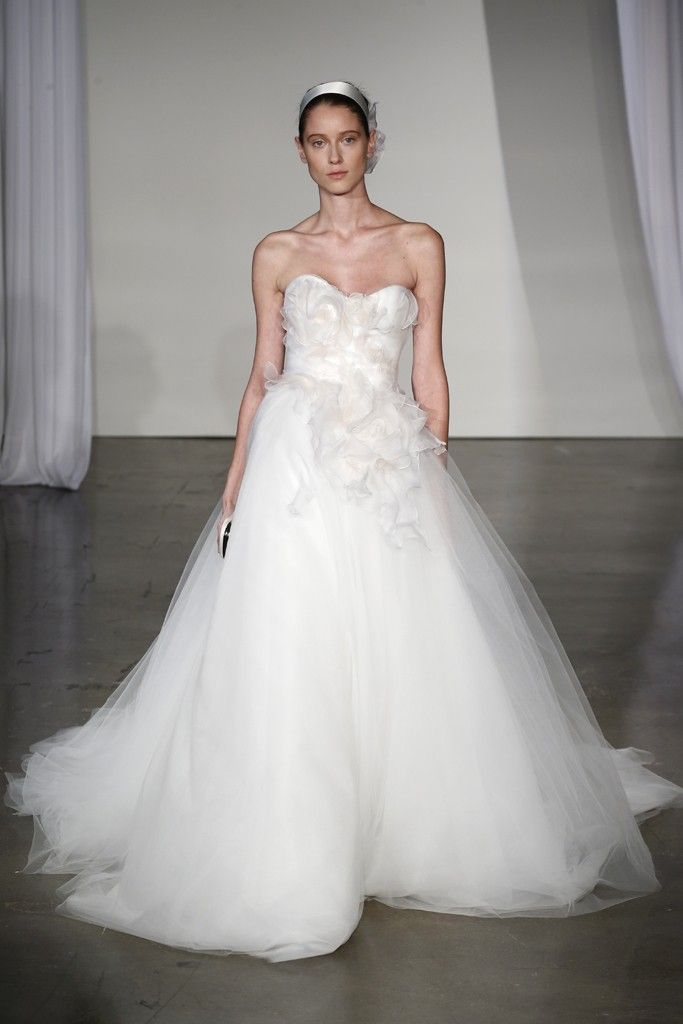 17 stunning fall 2013 wedding dresses by marchesa for Marchesa wedding dress price