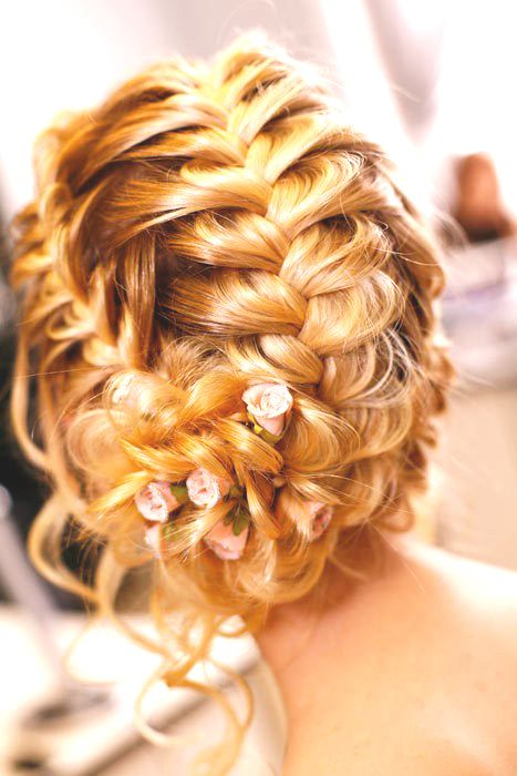 Easy Breezy Bridal Updos 3