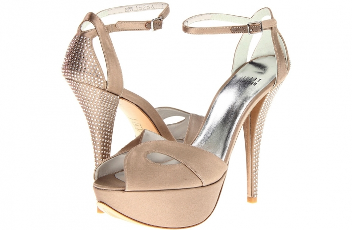 Wedding Accessories Inspiration Shimmery Bridal Heels nude with crystals