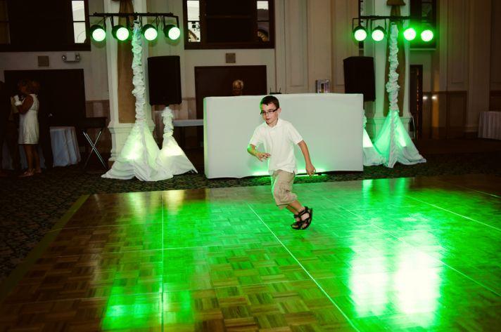 Summer Wedding in Indiana dance floor fun