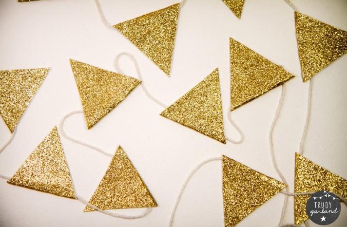 Glittery Gold Wedding Reception Garland