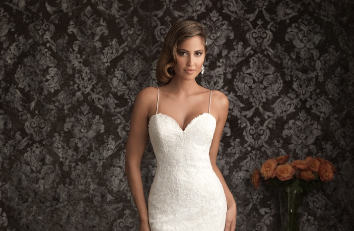 Allure Bridals Wedding Dress Bridal Gown Allure Collection Sweetheart 9021F