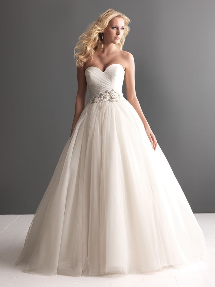 More Gorgeous Sweetheart Gowns From Allure Bridals