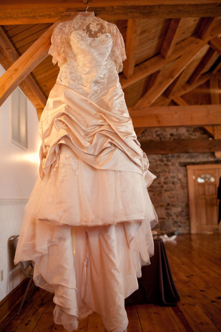 Rustic Barn Venue with Classic Wedding Dress