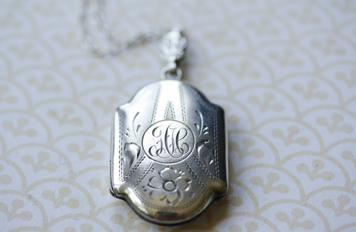 Silver Engraved Vintage Pendant Necklace