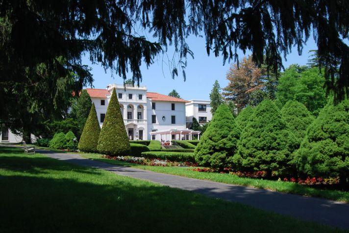 Amazing Wedding Venues New York Geneva on the Lake 1