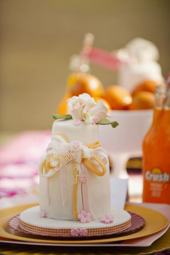 Valentines Day Inspired Wedding Shoot Orange Crush Love