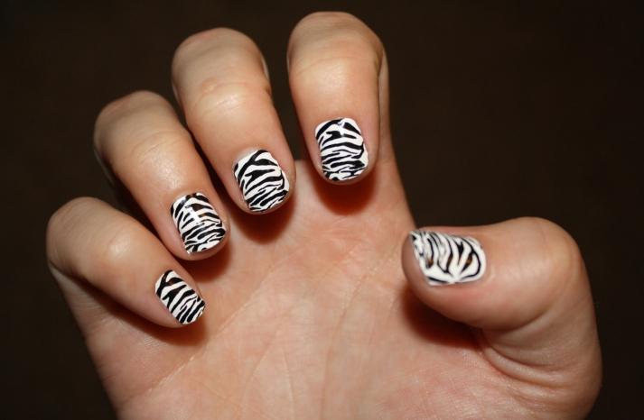 zebra wedding nail art black and white