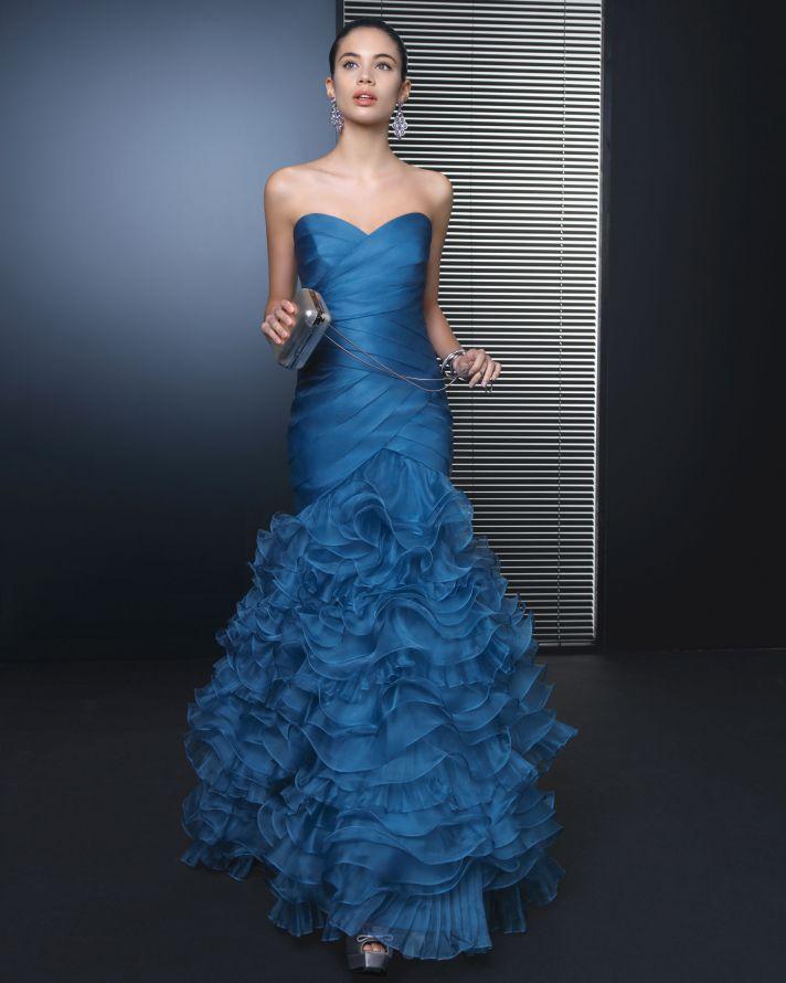 Blue sweetheart bridesmaid dress full length