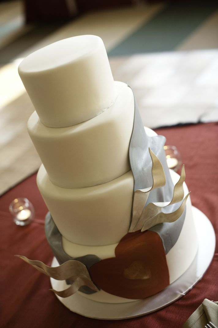 Modern romantic wedding cake four tier