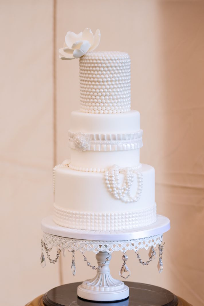 memorable wedding a guide to elegant wedding cakes