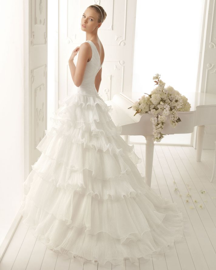 Aire Barcelona Wedding Dress 2013 Vintage Bridal Collection Verbena