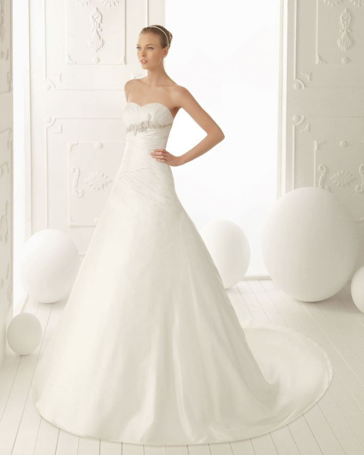 Aire Barcelona Wedding Dress 2013 Vintage Bridal Collection Vela