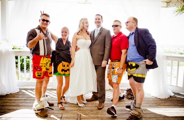 Hilarious Wedding Photo Groomsmen Drop Trou