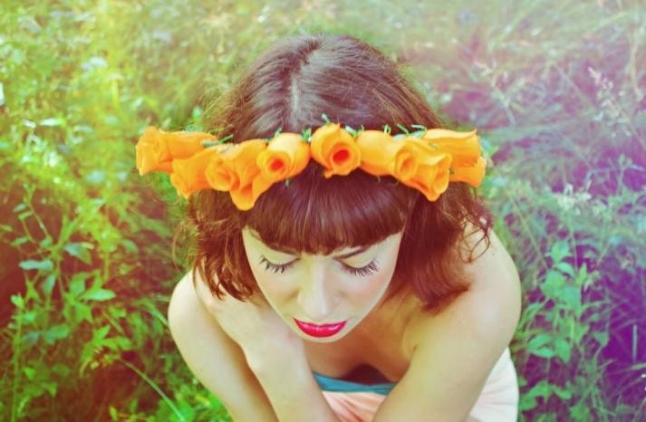 Orange tulip crown for bridesmaids
