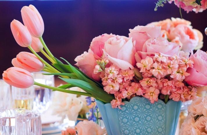 Romantic pink wedding centerpiece with tulips