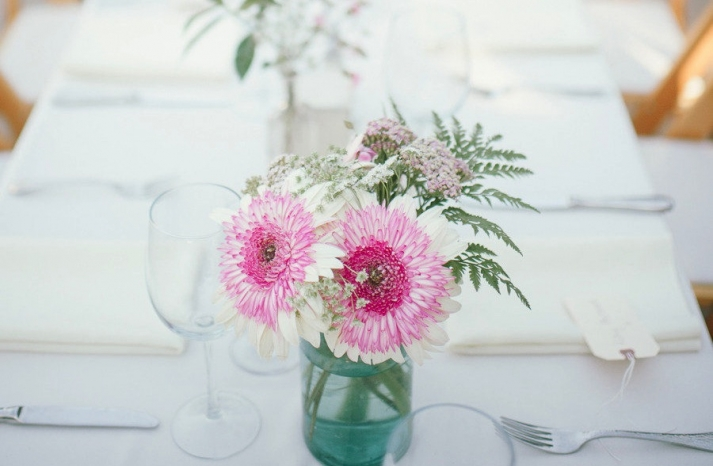 Simple pink and ivory wedding centerpiece