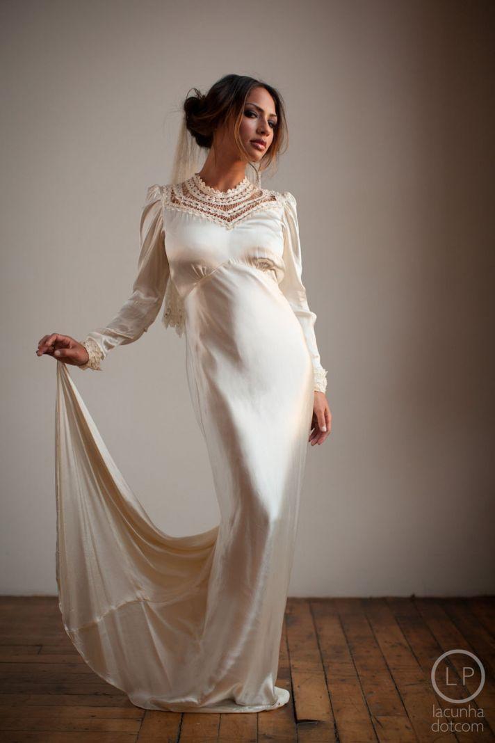5 bridal designers on trend for jazz age fashion onewed for Hollywood glam wedding dress