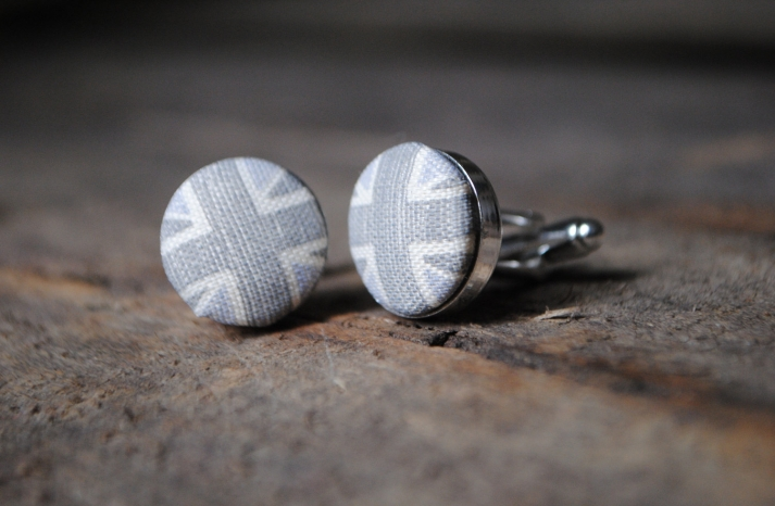 Union Jack grooms cufflinks in gray