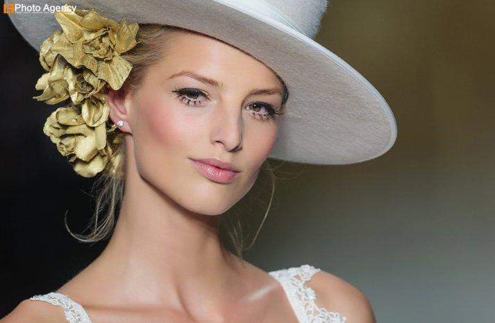 dramatic lashes natural lips bridal beauty wedding makeup