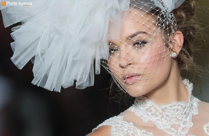 Pronovias bridal wedding makeup inspiration 2014 catwalk 1
