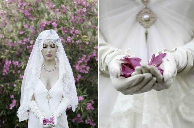 Gatsby meets Downton Abbey Wedding Accessorizing 3