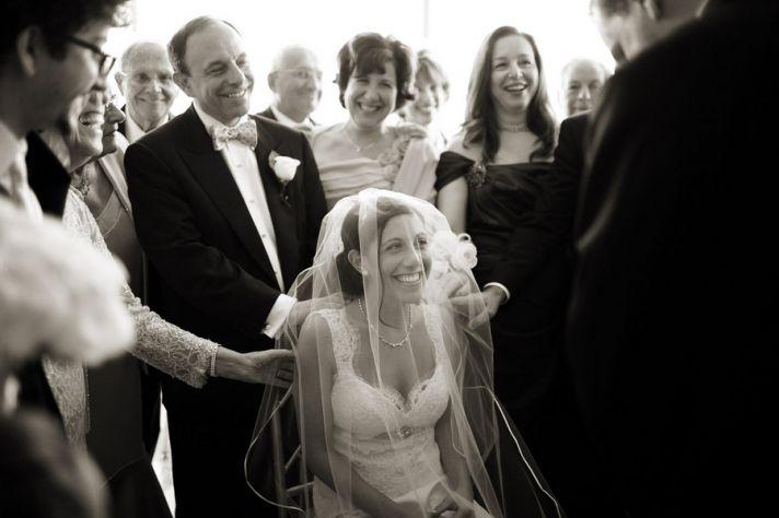 Jewish wedding Bedeken veiling of the bride