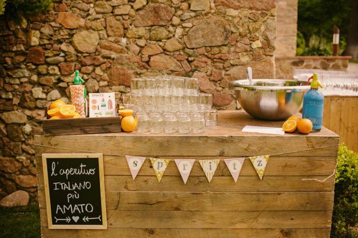 Real Spanish Wedding Otaduy Wedding Dress Outdoor Romantic Reception Beverage Decor
