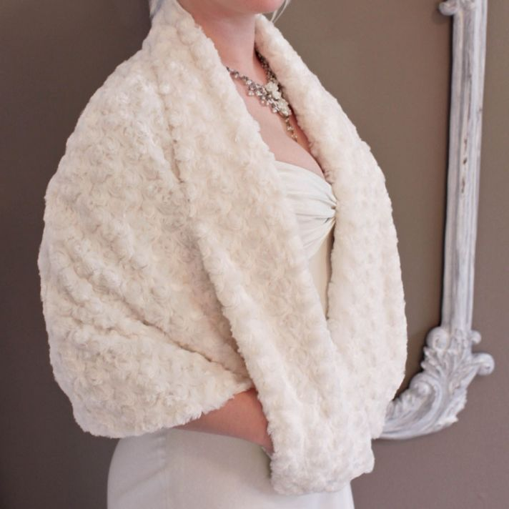 Ivory rosette faux fur bridal cape