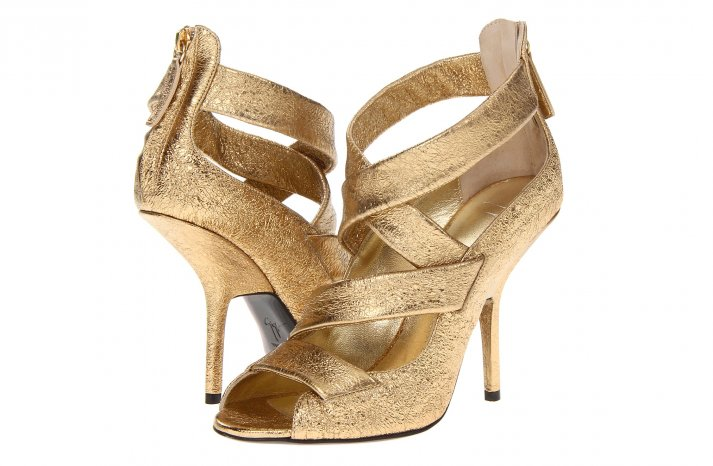 Glamorous gold wedding shoes Giuseppe Zanotti