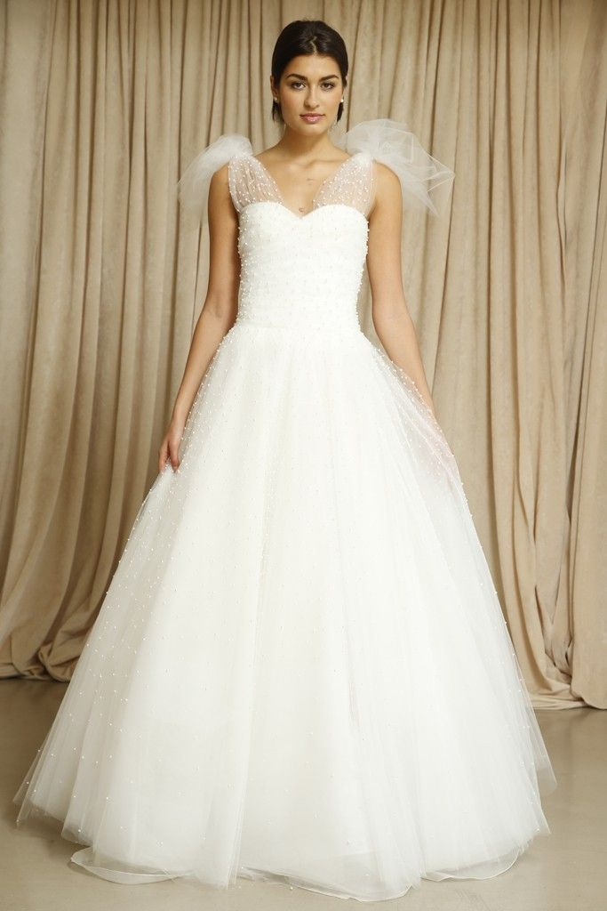 Oscar de la Renta wedding dress Fall 2014 5