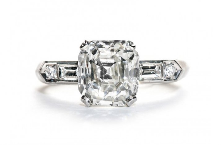 Vintage engagement ring for Art Deco loving brides 20