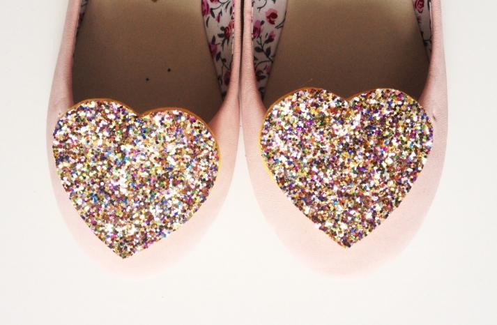 confetti glitter hearts wedding shoe clips
