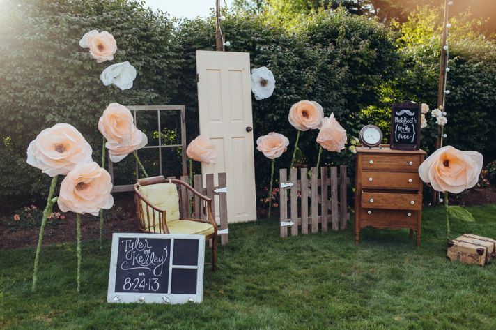 Amazing outdoor photo booth