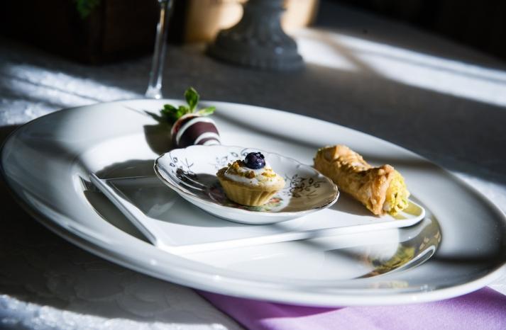 Dessert buffet for a winter wedding