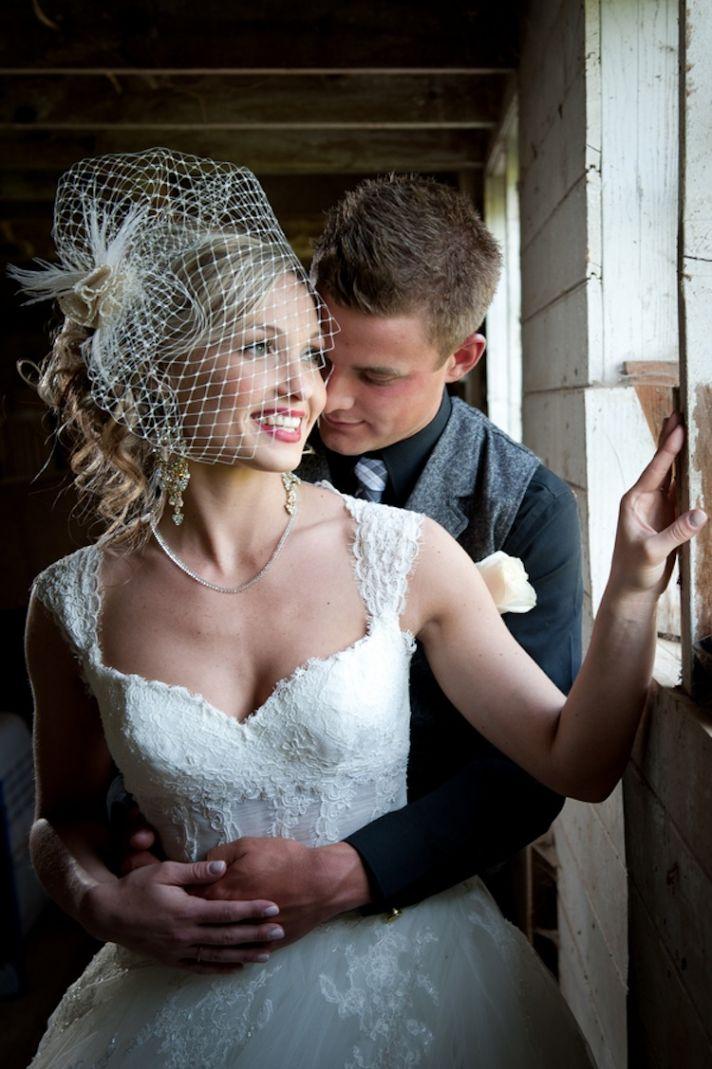 Birdcage veil for a vintage bride