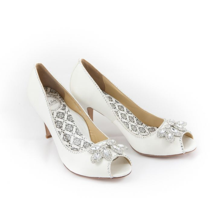 White bridal shoes with glittery accents