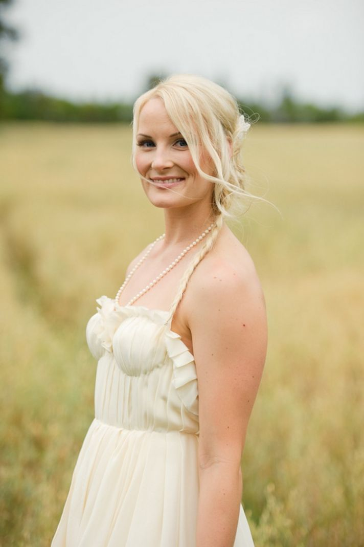 Vintage and rustic bride