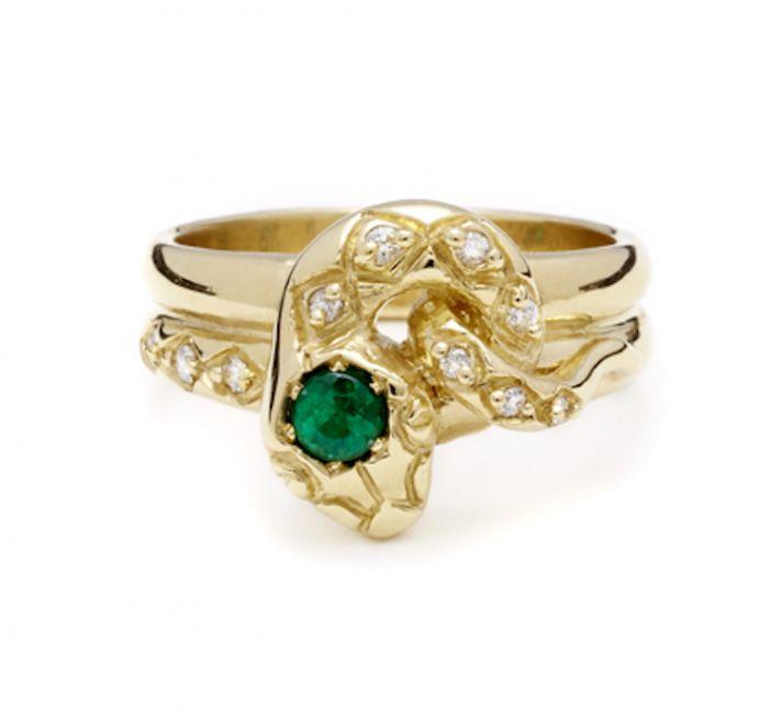 Alternative engagement ring and wedding band set