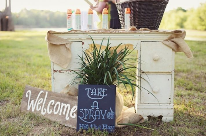 How to have the ultimate outdoor summer wedding bug spray stand junglespirit Gallery