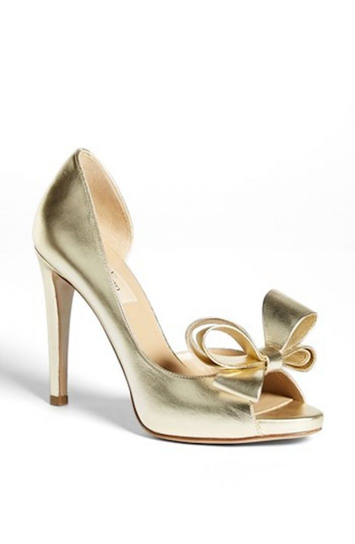 Platinum Pumps with Fun Bow