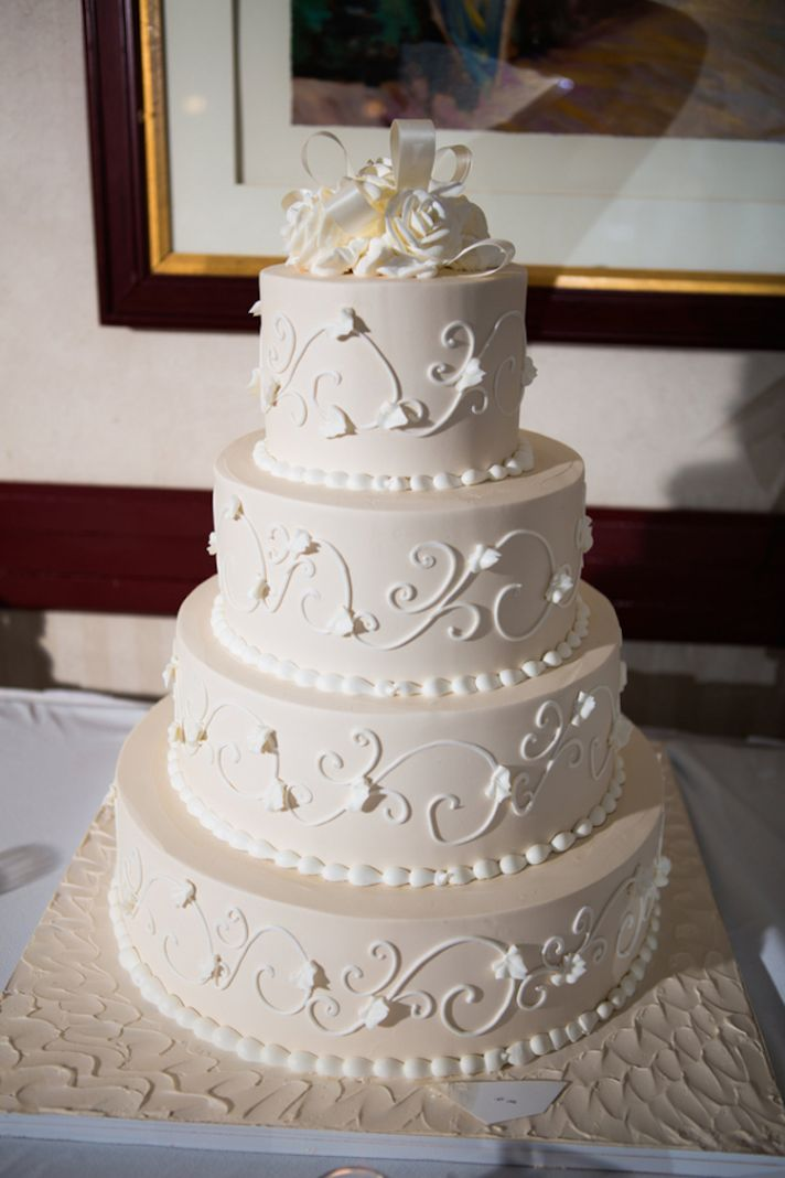 Stunning White Wedding Cake