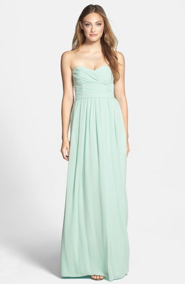 Strapless Ruched Chiffon Sweetheart Gown in Mint