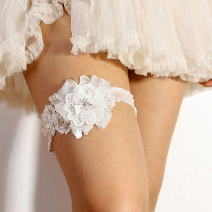 Floral Lace Garter