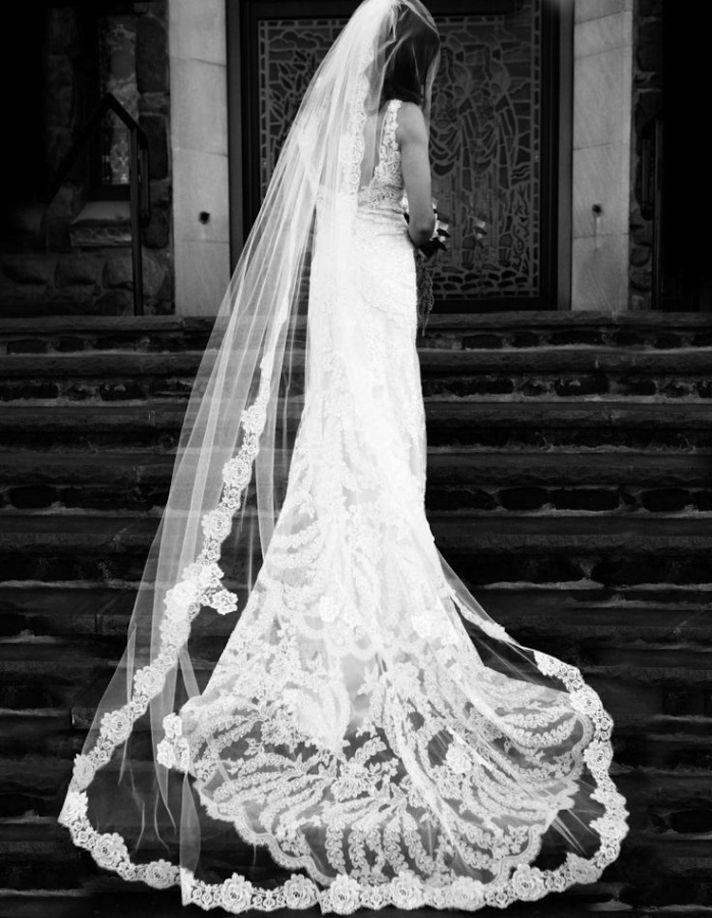 Wedding Dresses Under 1000