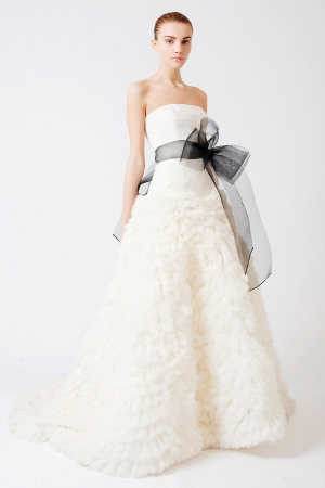 Vera Wang Designer Wedding Dresses OneWed